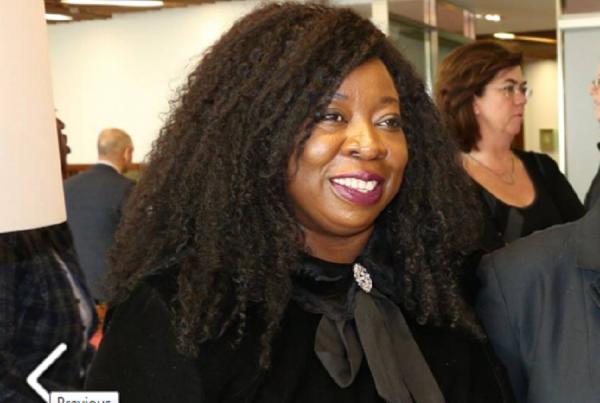 Madame Tchatat, la fondatrice et présidente de La Passerelle IDE et l'initiatrice du Forum sur le capital humain francophone