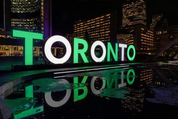 csm_CSViamonde-272399-3D-Toronto-Sign-Photo_900x600_82fd4584a0