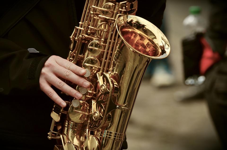 saxophone-3246650_960_720