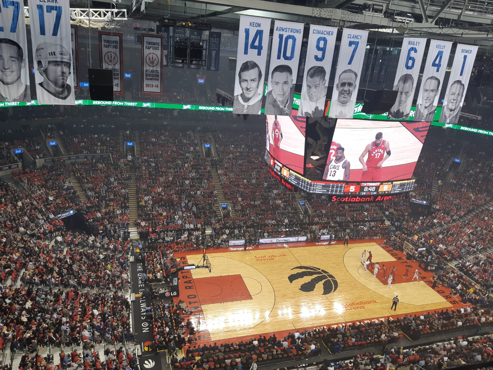 Ce mercredi 17 octobre 2018,  au Scotiabank Arena, l'équipe torontoise de la NBA, les Toronto Raptors debutaient leur 24è saison face aux Cavaliers de Cleveland sans leur star Lebron James qui est parti aux Lakers de Los Angeles